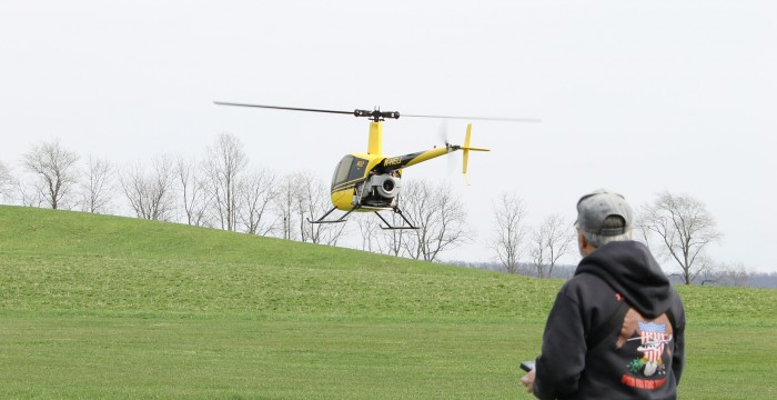 helicopter-954757_1920