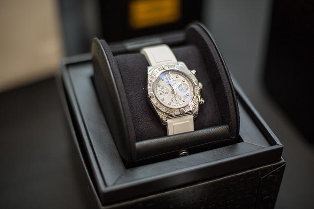 ברייטלינג - השעונים הכבדים והאהובים