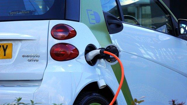 רכב חשמלי בישראל